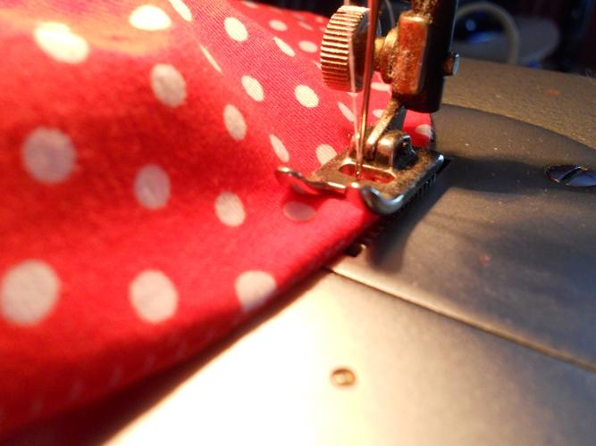 Fotonávod na šití krempy u kloboučku