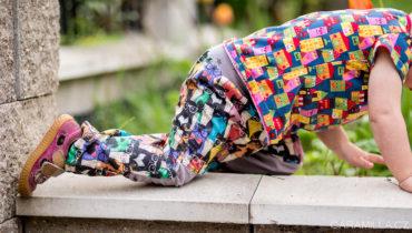 Kalhoty pro akční děti