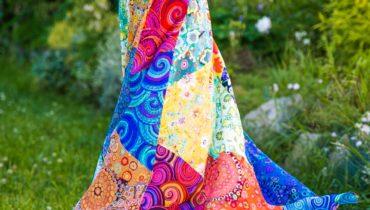 Patchworková dlouhá pestrobarevná sukně s efektním vlněním