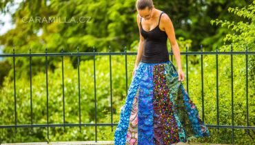 Kolekce nabíraných dlouhých sukní