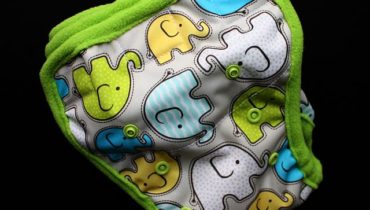 Svrchní kalhotky pro minimální plenu (odklápěčky)