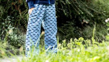 Jednoduché kalhoty do školky