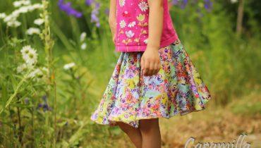 Kolová sukně s motýlky