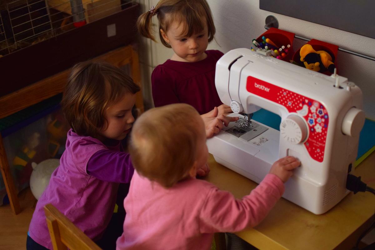 Šicí stroj pro dítě?